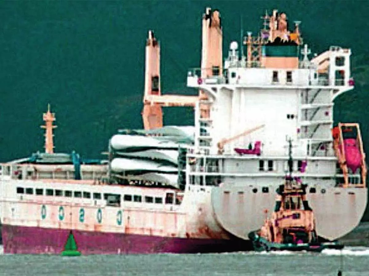 """Image result for Indian customs officials seized Chinese vessel """"Da Cui Yun"""""""