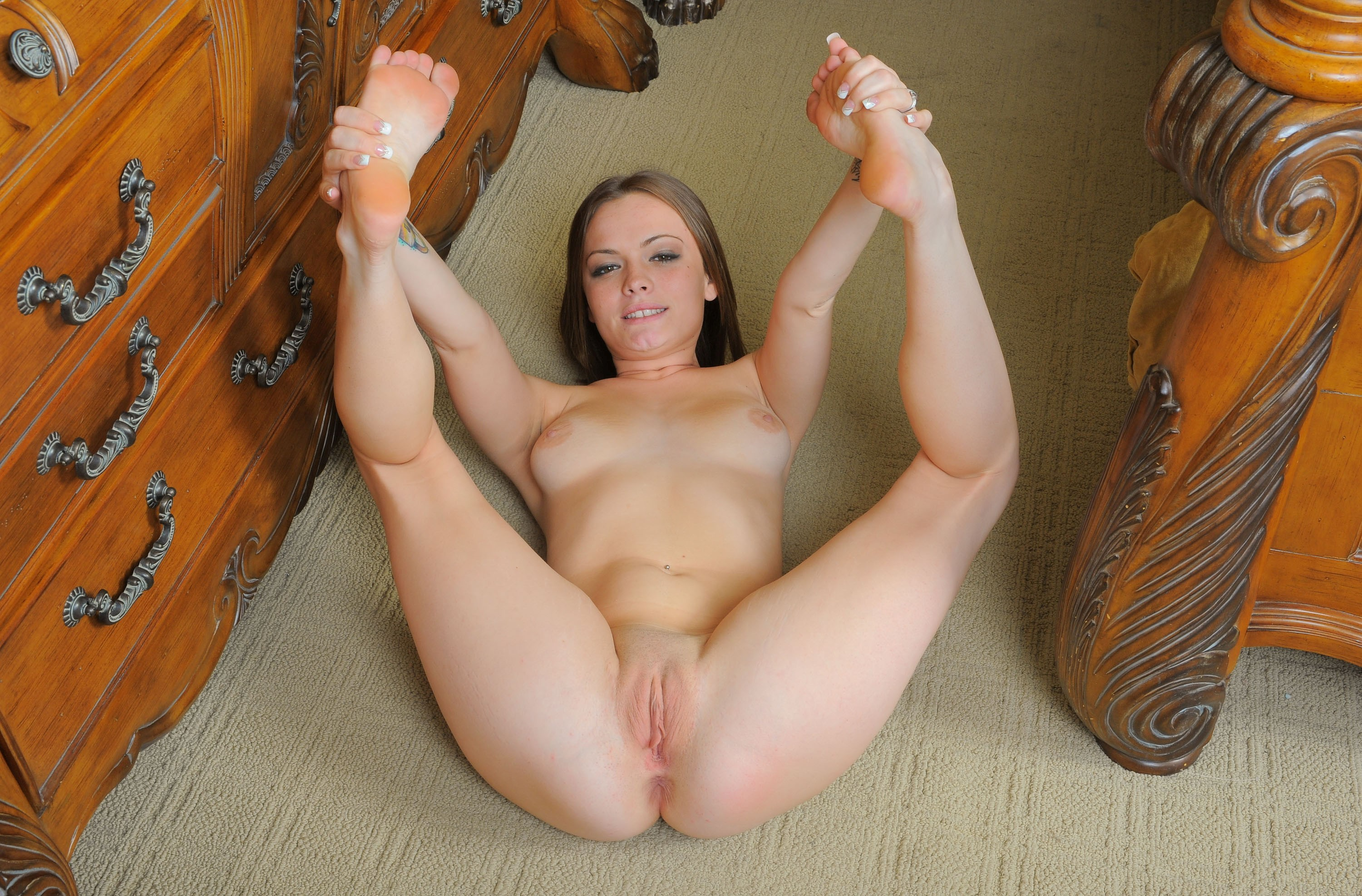 wide Spread those open legs