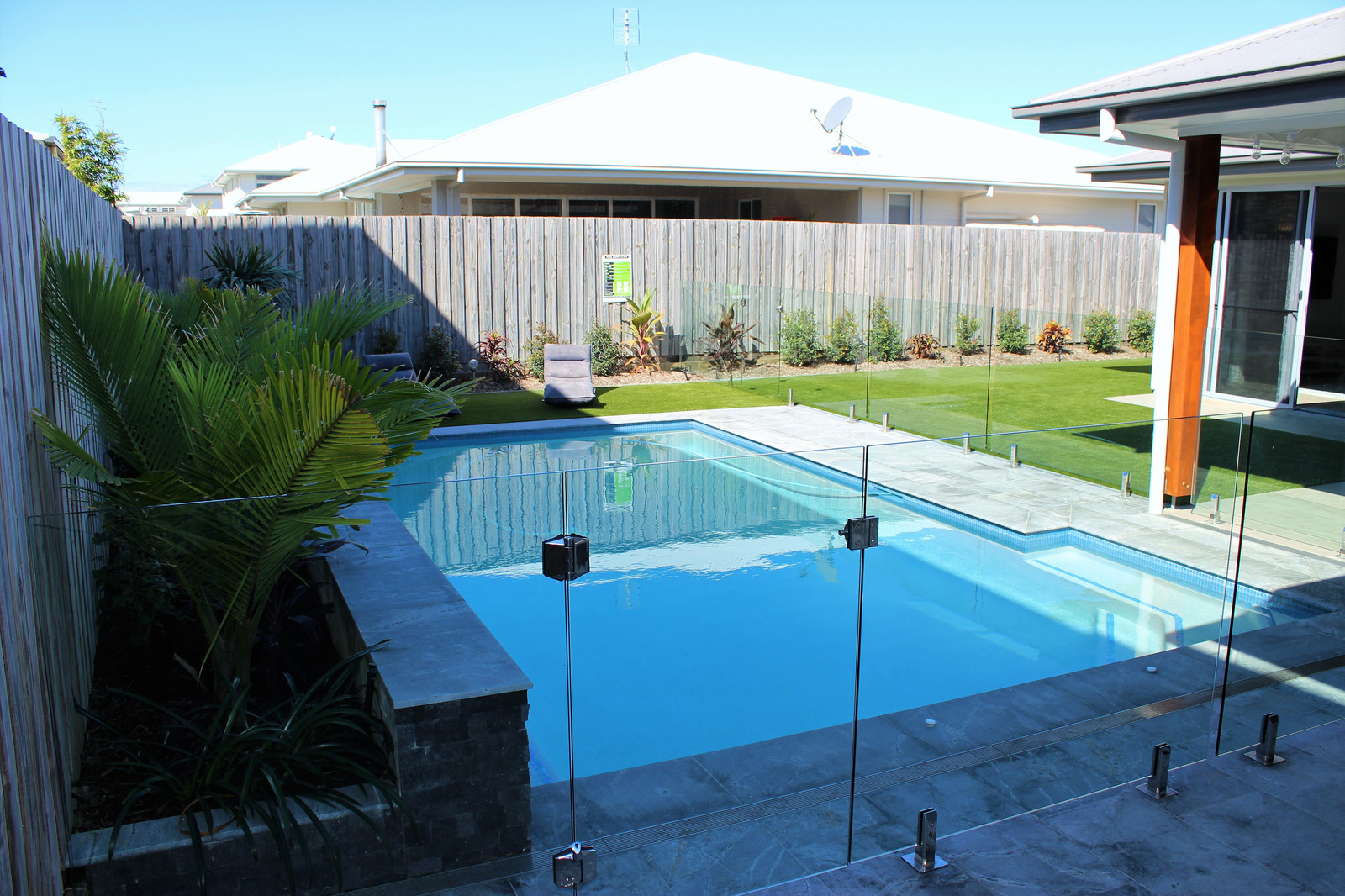 Glas Pool Glas Glass Living Aluminium Solutions Pool Fencing