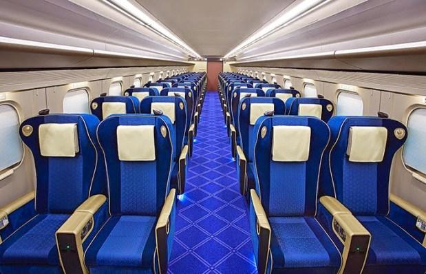 Shinkansen W7 Green Class