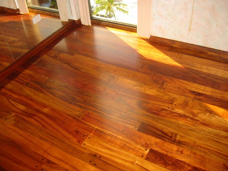 Hardwood Floors Hawaii Refinishing Contact