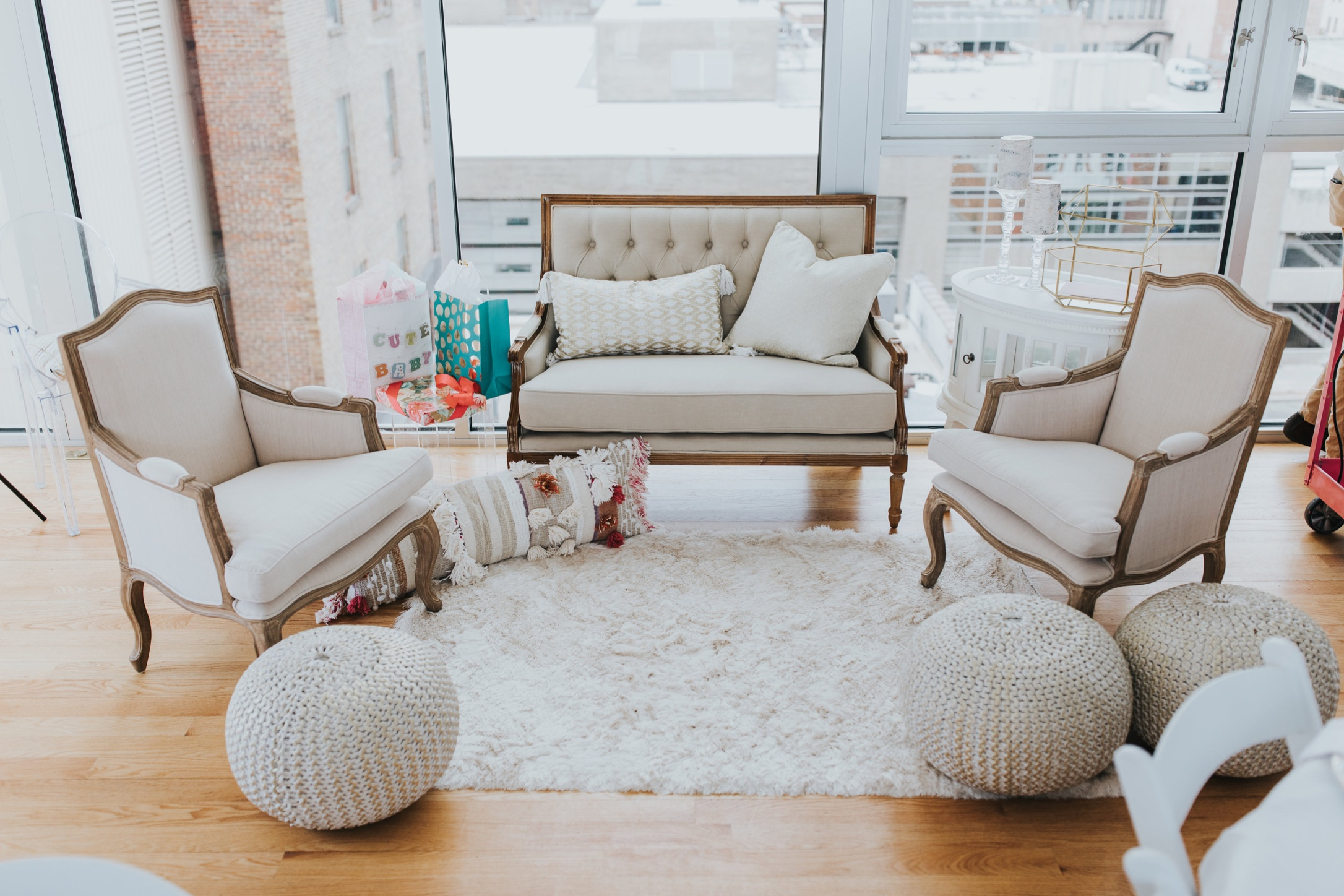 Vintage Sofa Lounge Winston Salem The Prettiest Pieces