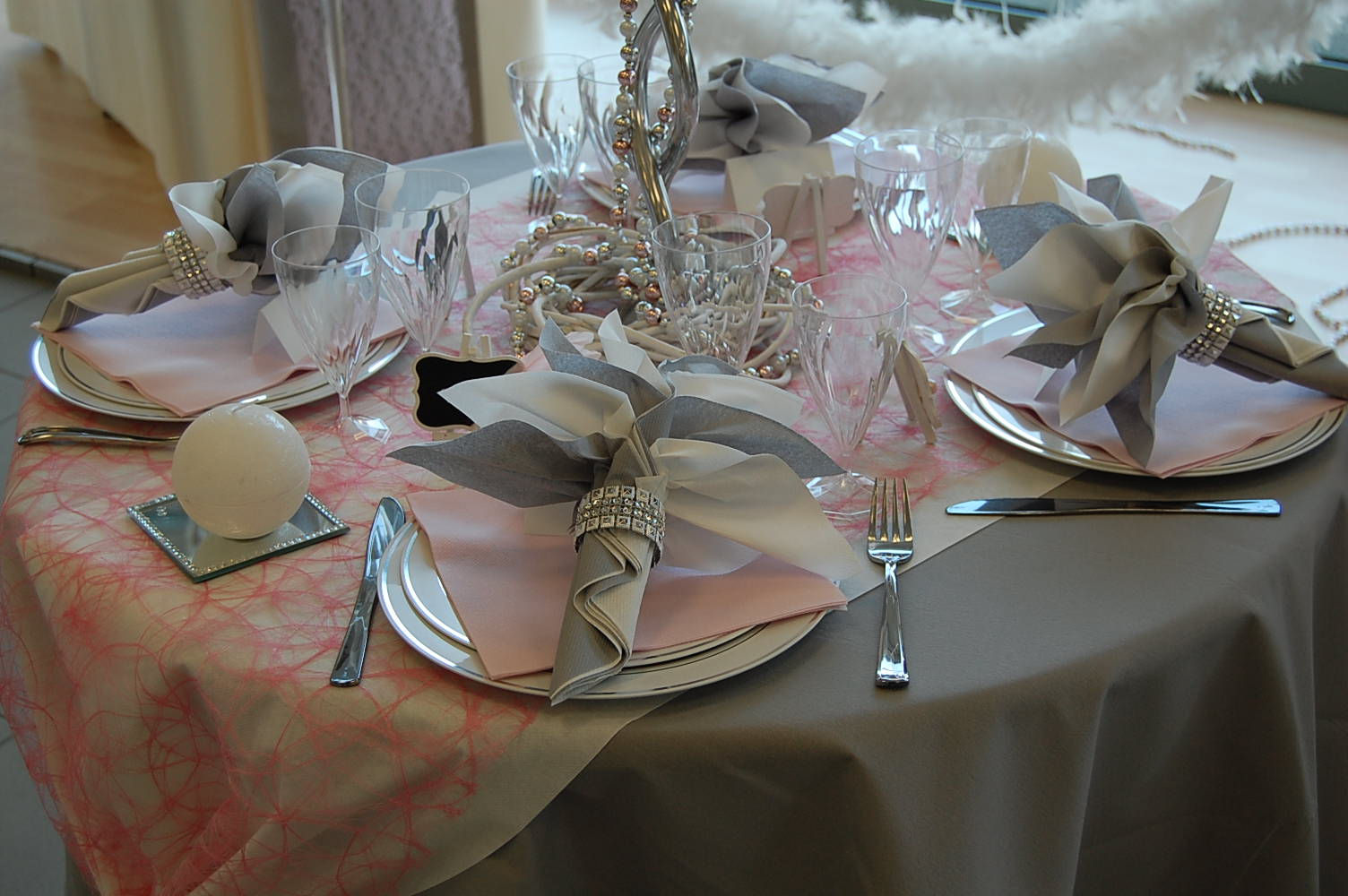 Deco Table Rose Et Blanc Deco Table Bapteme Rose Et Gris Gallery Of Elegant