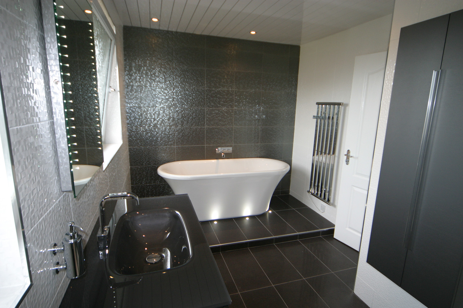 Black Tiled Bathroom Bathroom And Kitchen Design Glasgow Scotland Lifestyle