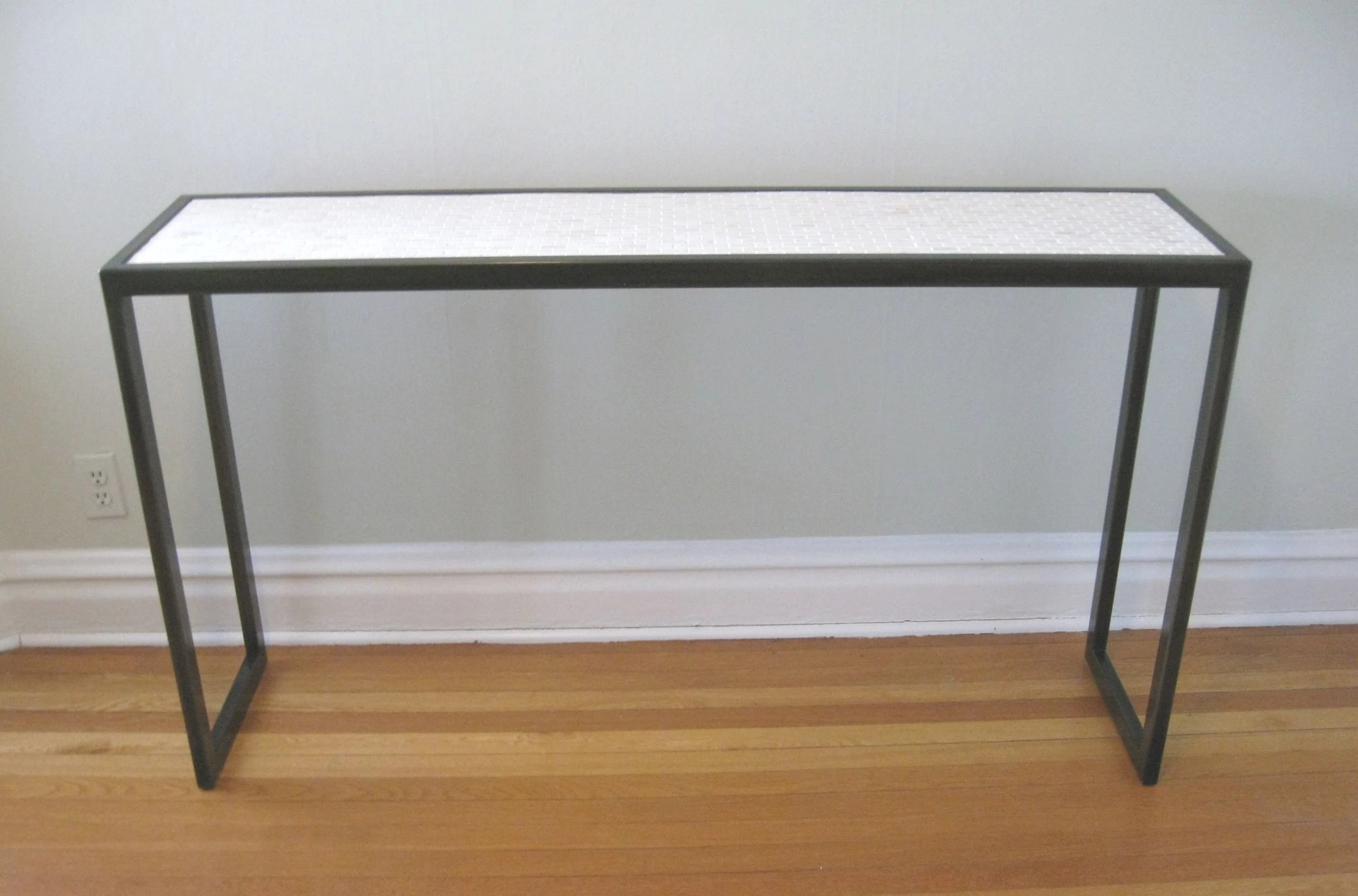 Bäder Modern Marble And Steel Console Table
