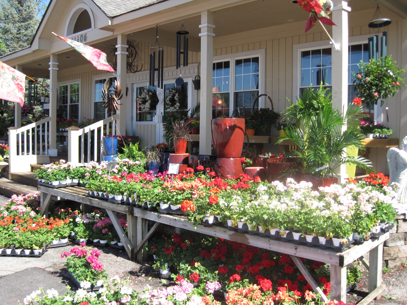 Home En Garden Allisonville Nursery Garden And Home