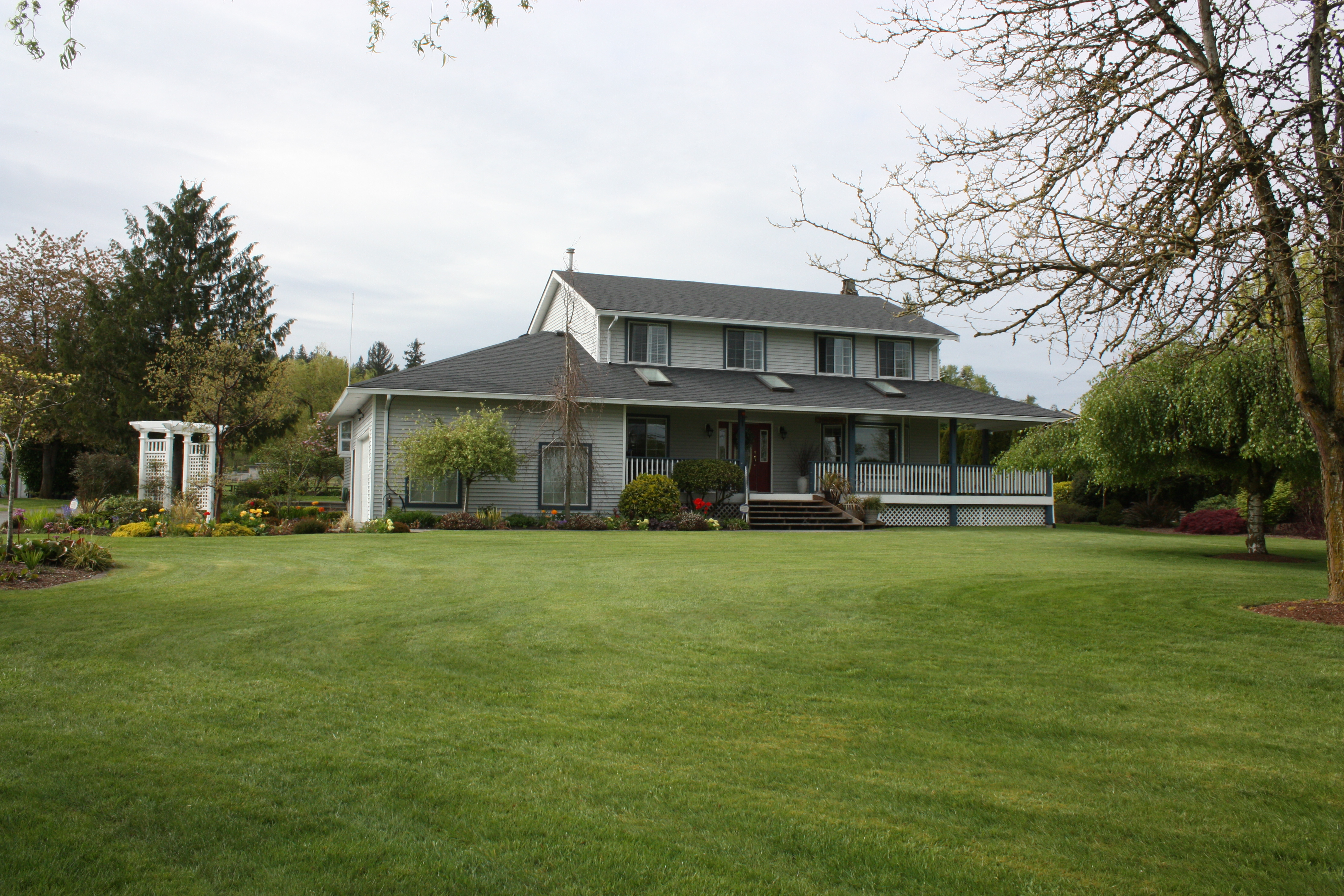 Langleybc Mt Bakerview Bed And Breakfast