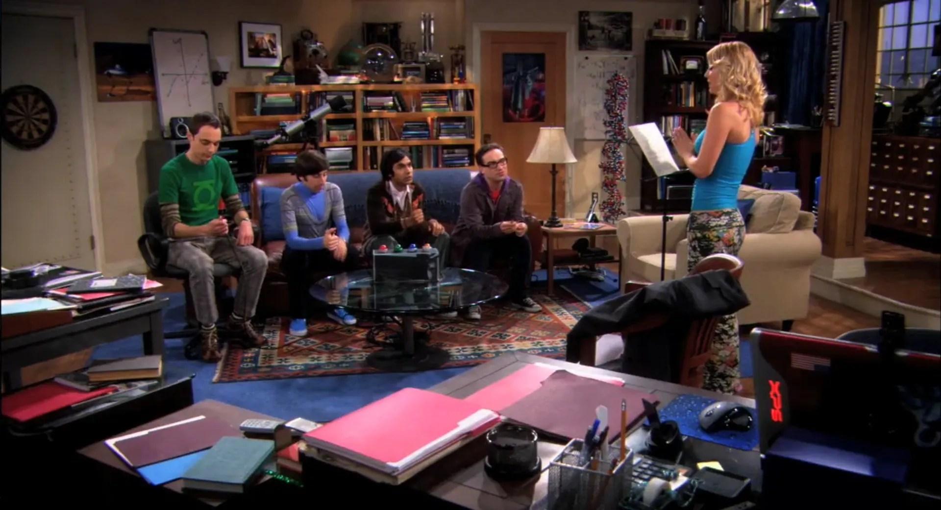 Big Bang Couch Gag The Big Bang Theory 25 Glaring Plot Holes We Can T Unsee In360news