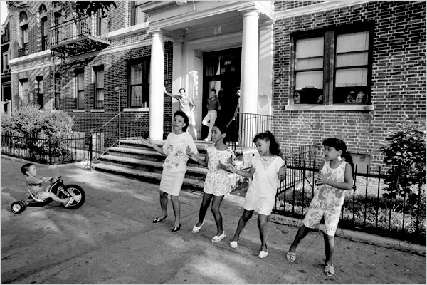On a Brooklyn Block, Remnants of a Girlhood Jumping Rope - The New