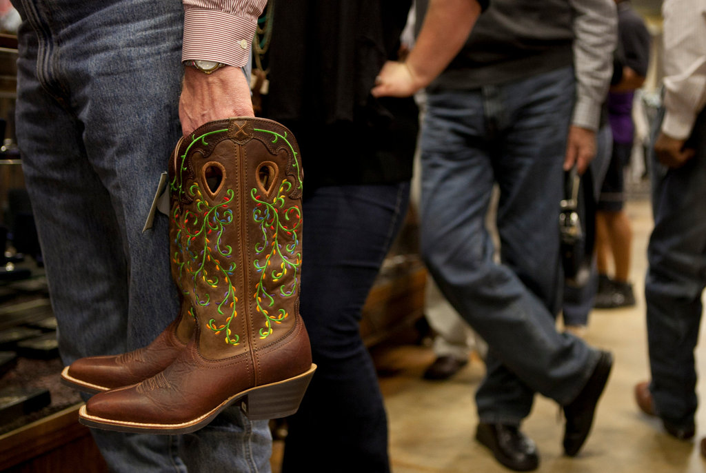For Rodeo Houstonians Dress Like Texans For A Change
