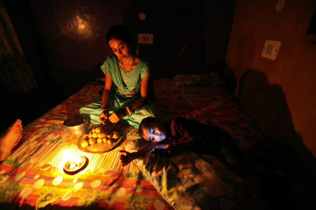 l_night-vision-169jpg 1,200×675 pixels Bengal Tiger Pinterest - army memo