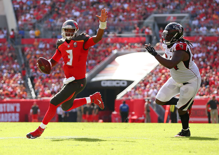 Jameis Winston Has Buccaneers Thinking Playoffs - NYTimes
