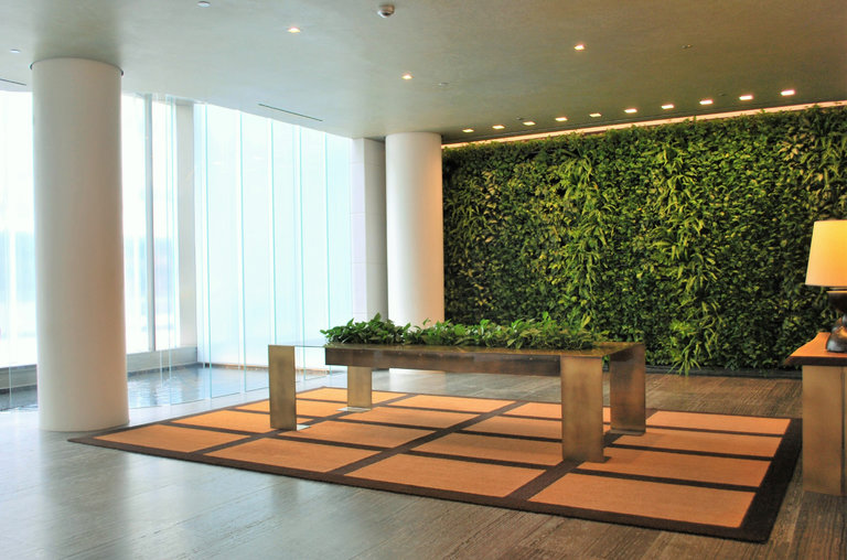 A Garden Oasis In The Lobby The New York Times - Green Walls In New York