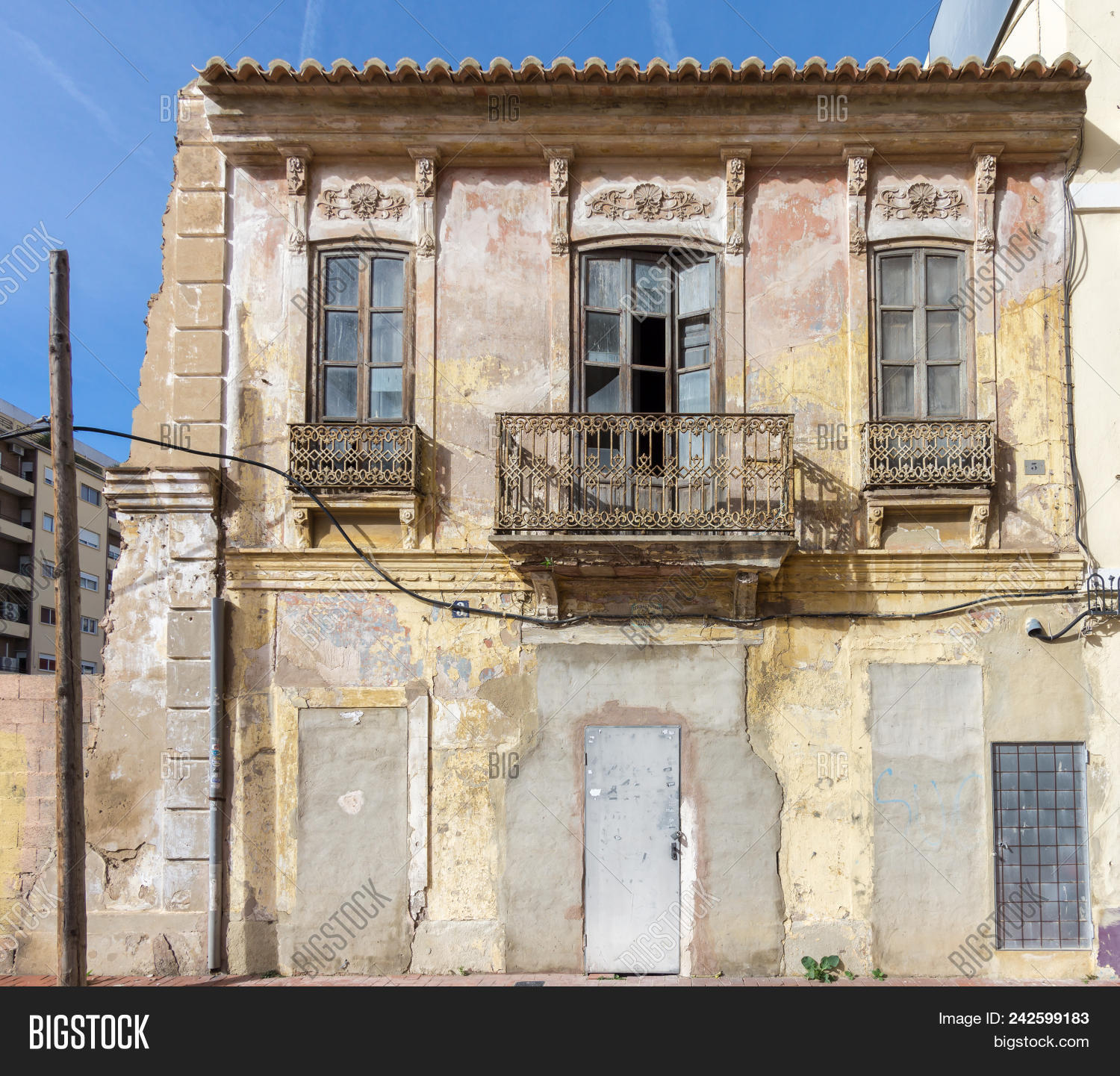 Facade Small Old House Image Photo Free Trial Bigstock