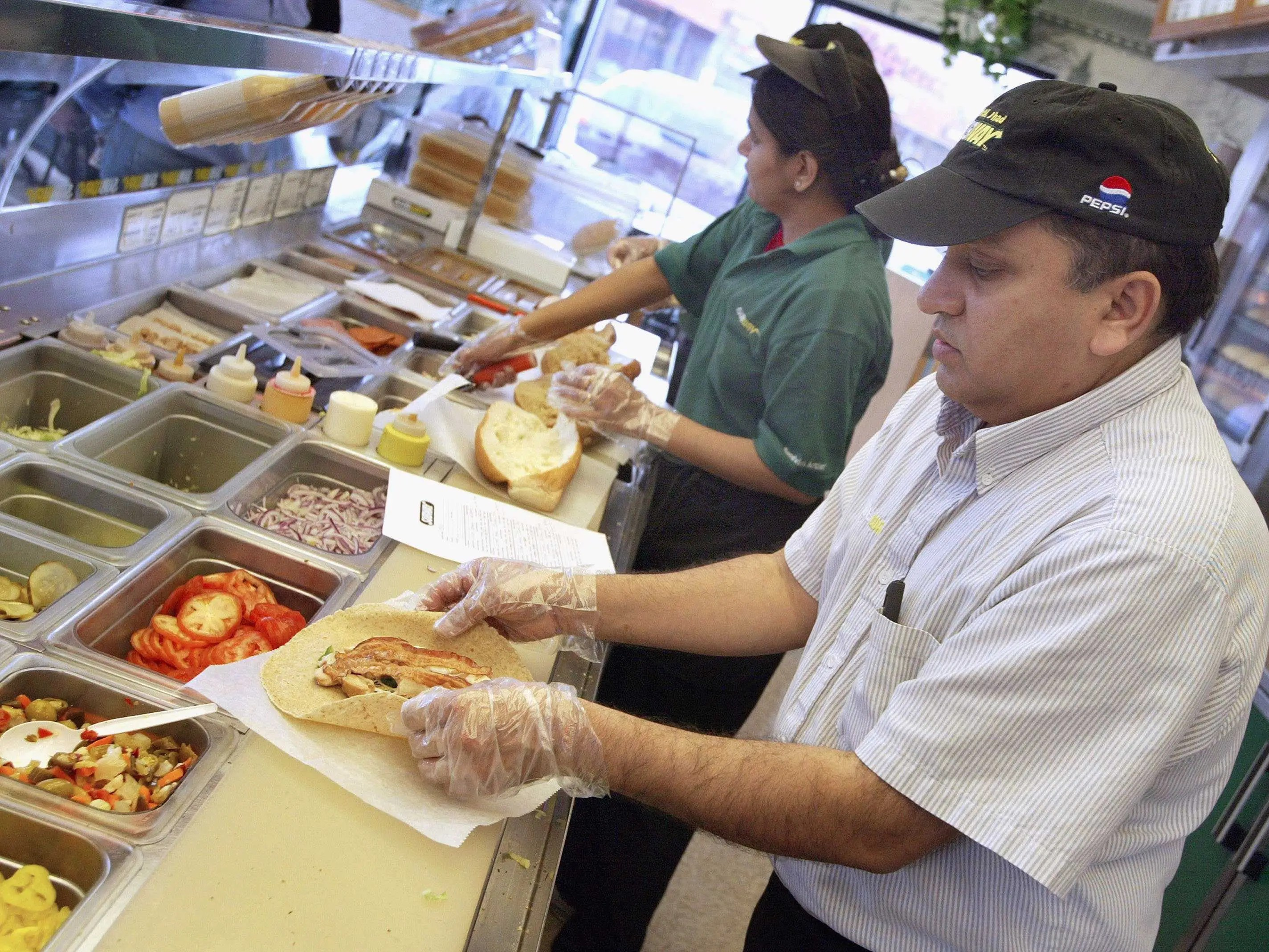 Mcdonalds Kitchen Equipment List What It Costs To Open A Subway Business Insider