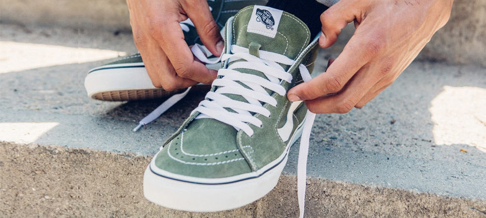 How To Lace Vans Sneakers (The Right Way) FashionBeans