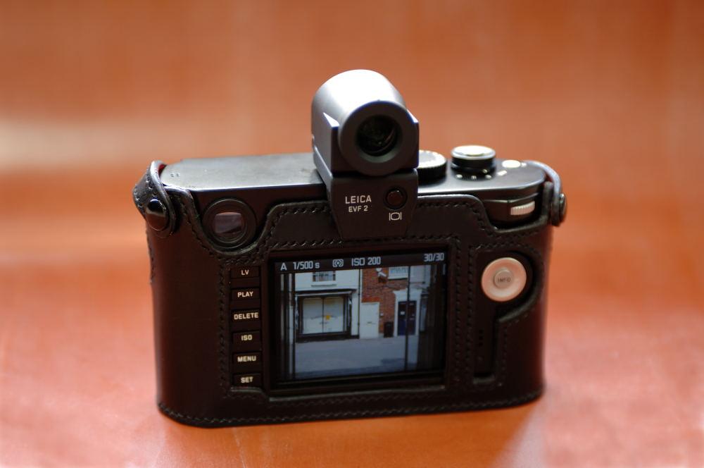 Macfilos Home Review Classic Cases For Leica M Cameras