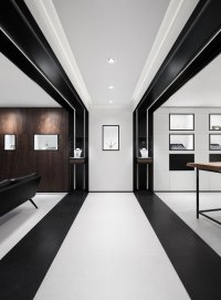 David Thulstrup designs symmetrical space for Georg Jensen ...
