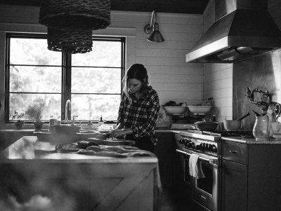 in the kitchen — Lissa Ryan Photography