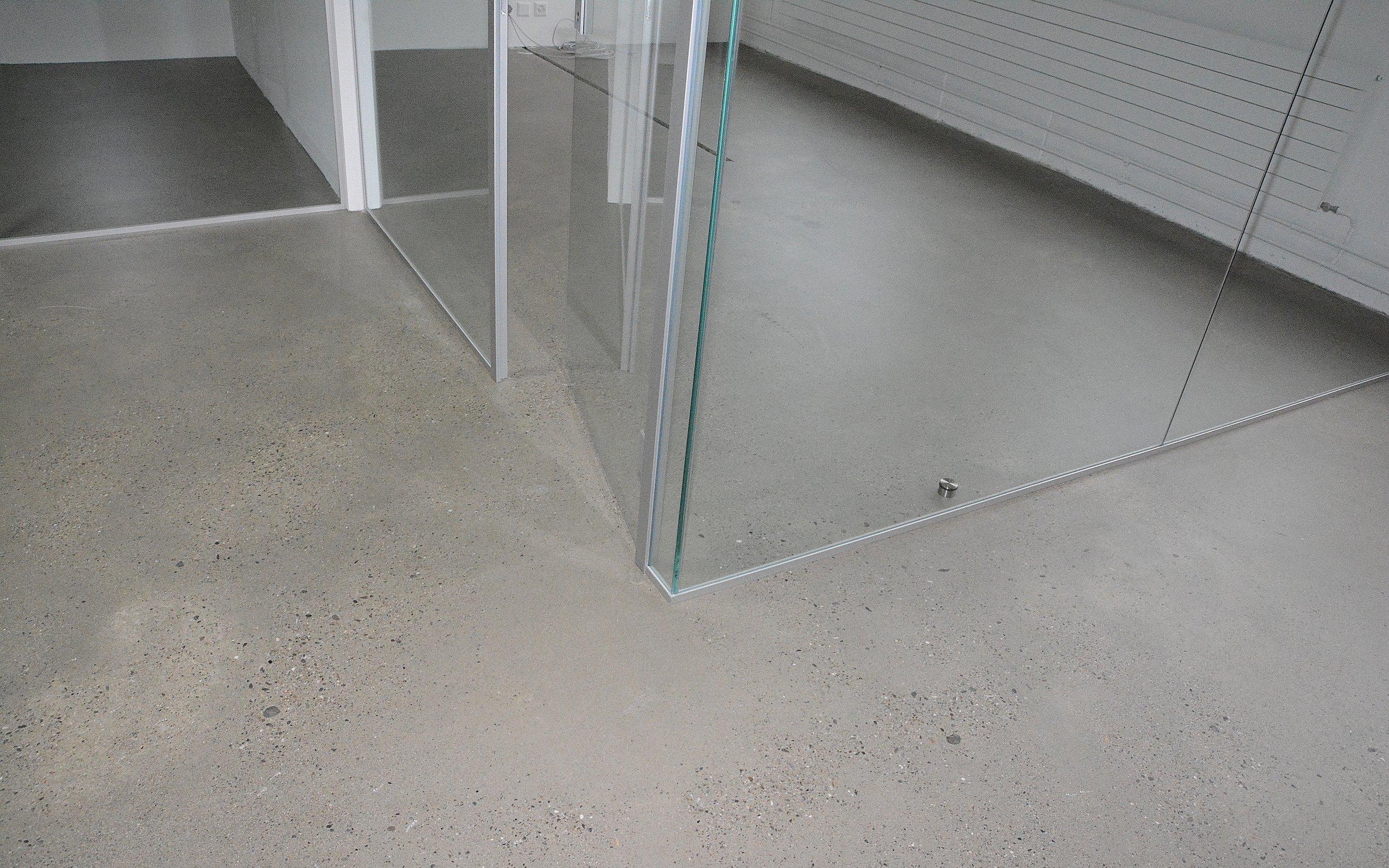 garagenboden aufbau garage d mmen von innen gartenhaus. Black Bedroom Furniture Sets. Home Design Ideas
