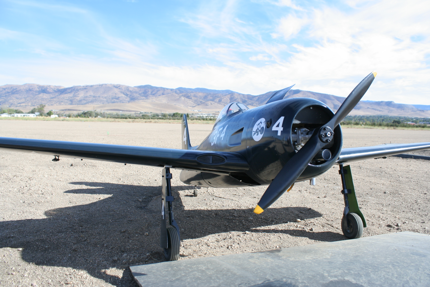 Plane of the Month \u2014 Tehachapi Crosswinds Radio Control Club - how would you weigh a plane without scales