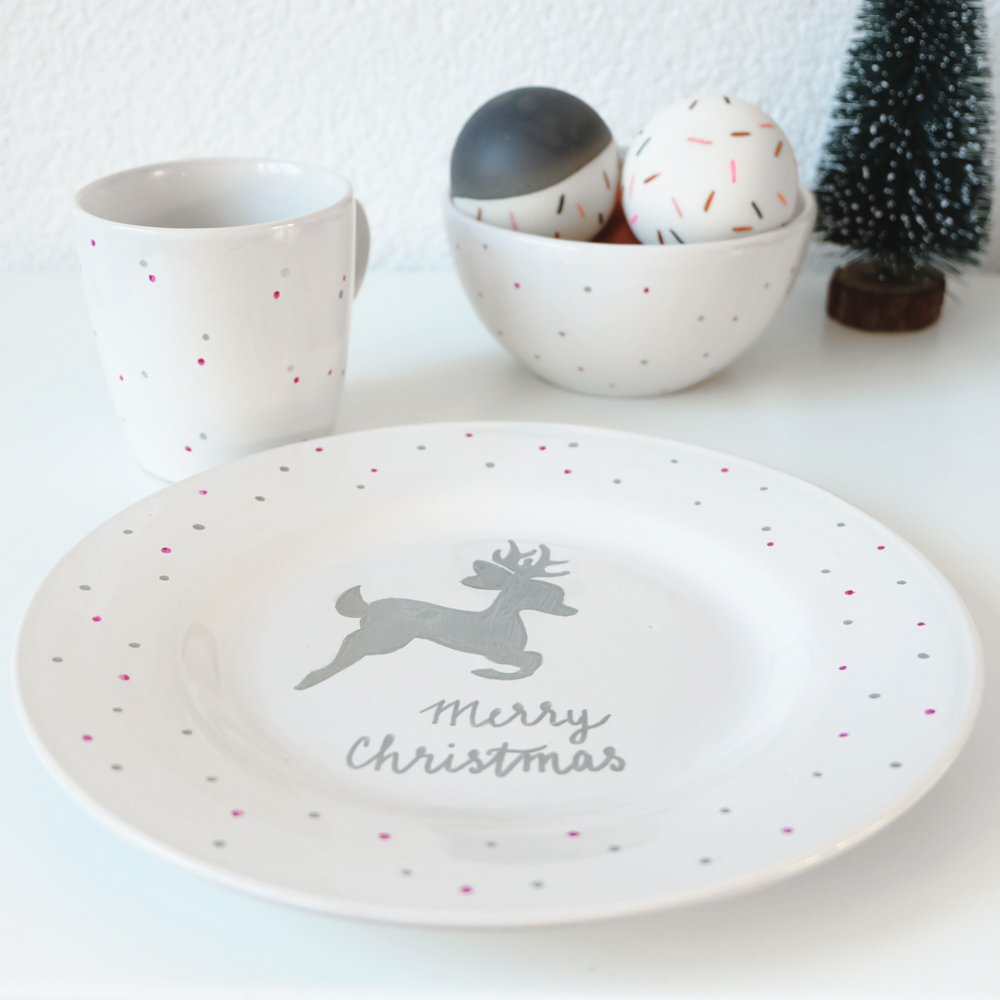 Kerst Bord Kerst Diy Versier Je Eigen Servies Met Sharpies No Ordinary Tales