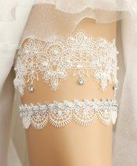 17 Lace Wedding Garters + Garter Sets (all under $50) that ...