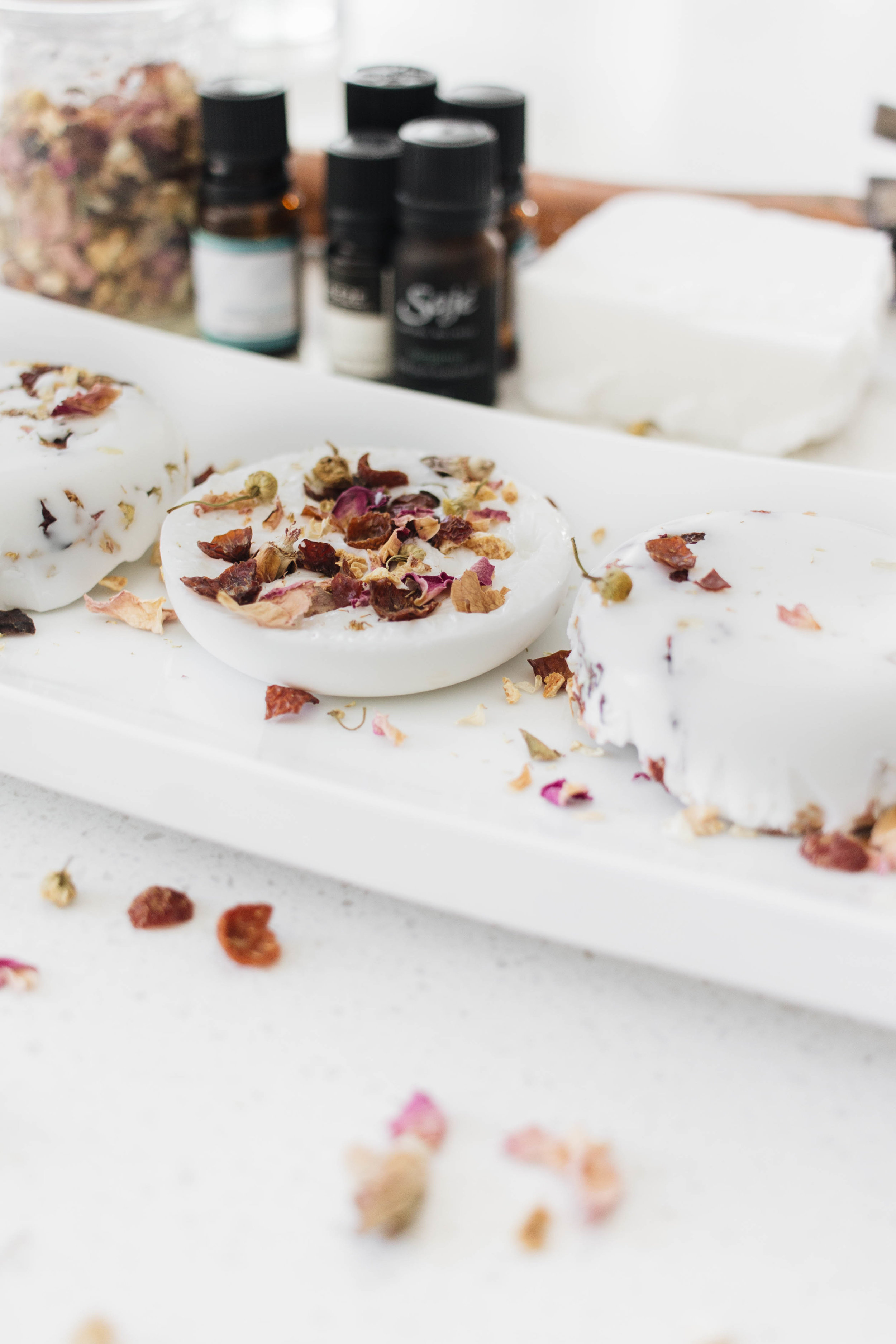 Diy Soap Essential Oils Diy Soap With Essential Oils And Dried Flowers Cashmere Plaid