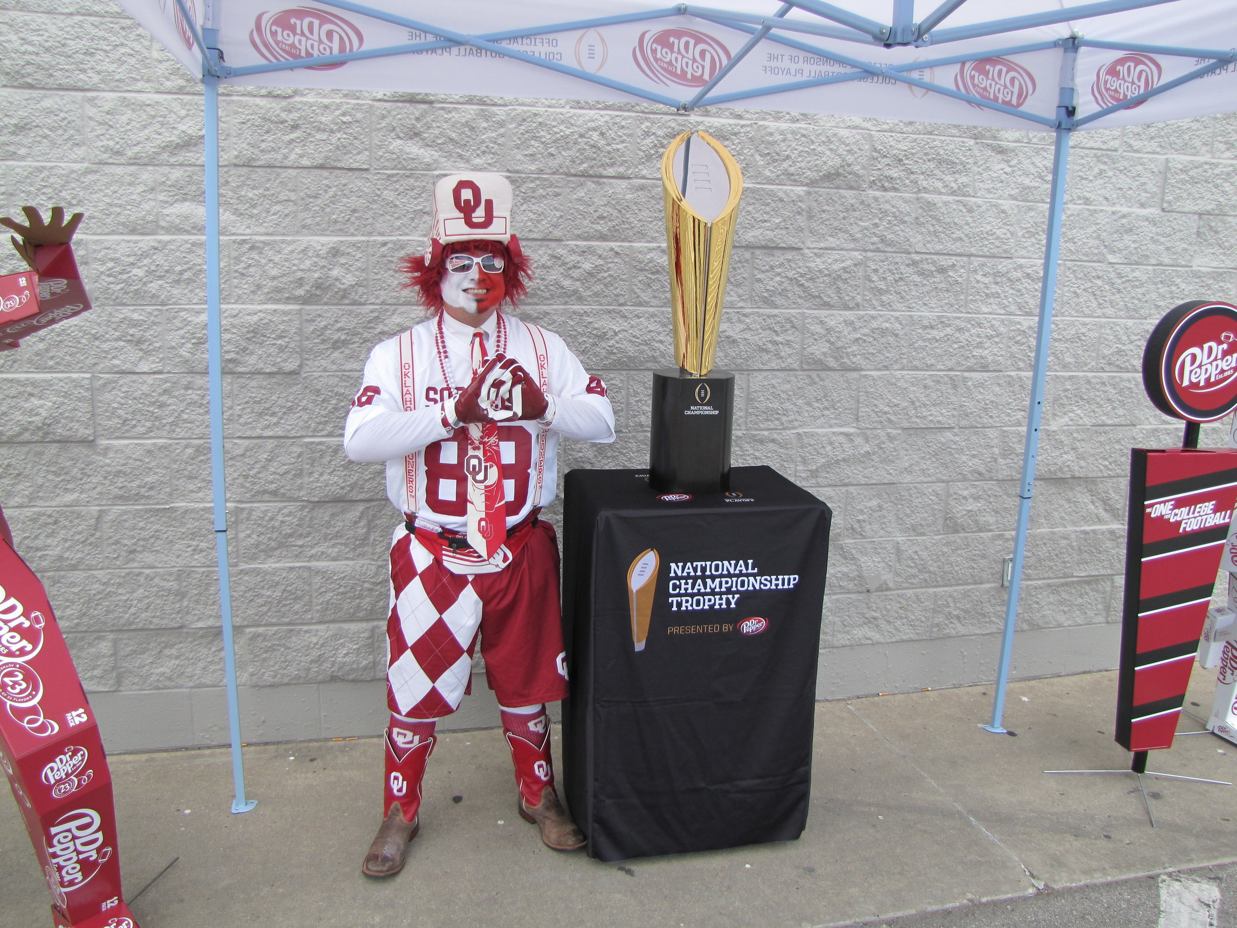 College Football National Championship trophy makes stop in Sand