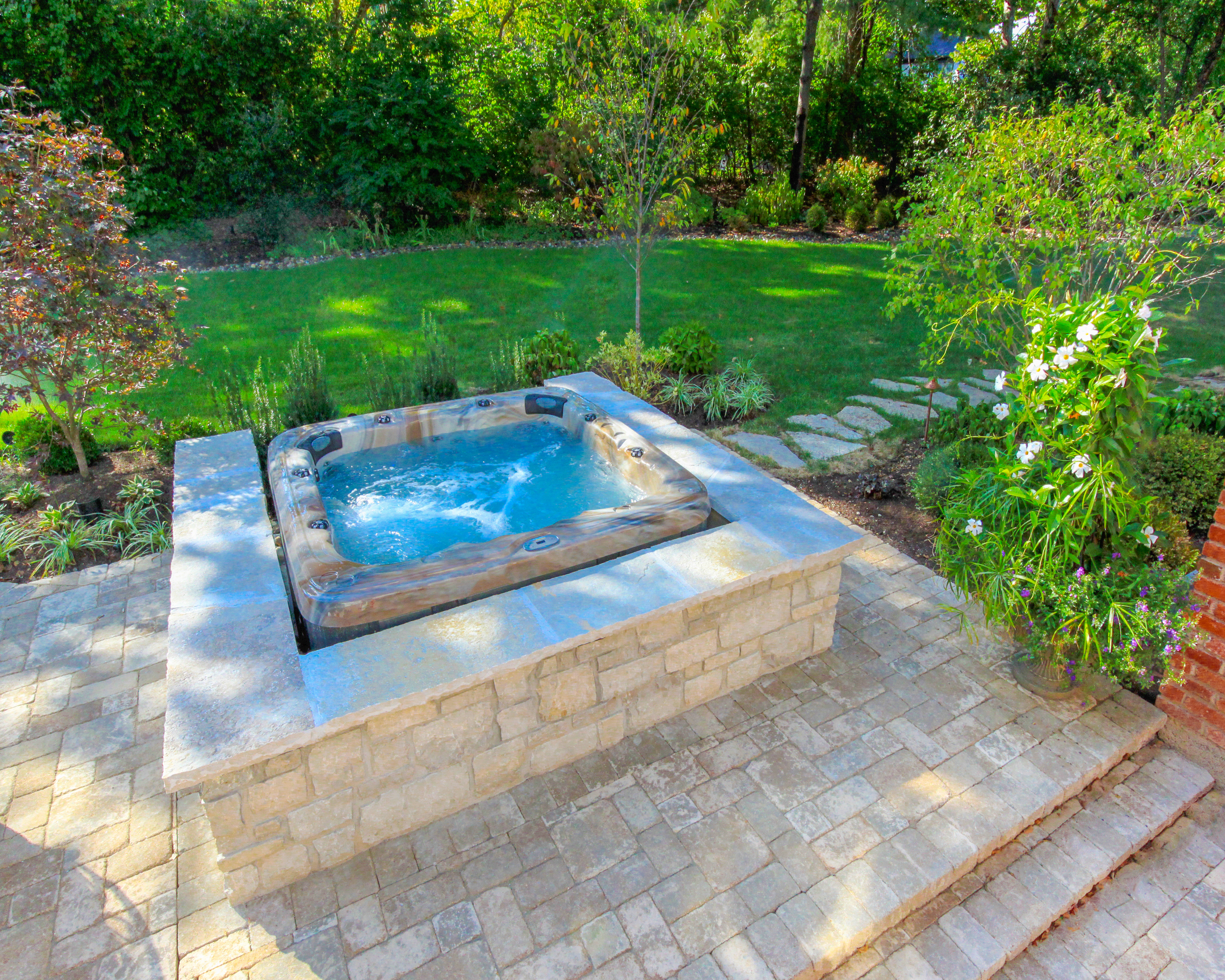 Jacuzzi Pool In Ground Prestige Pools Spas St Louis Pools Hot Tubs Swim Spas