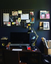 Should I paint my walls dark? The pros and cons of dark ...