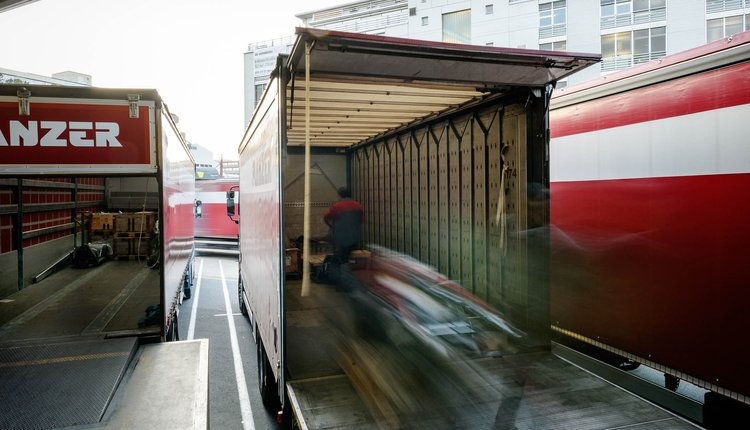 PLANZER TRANSPORT AG Simple, fast and sustainable \u2013 the way we do