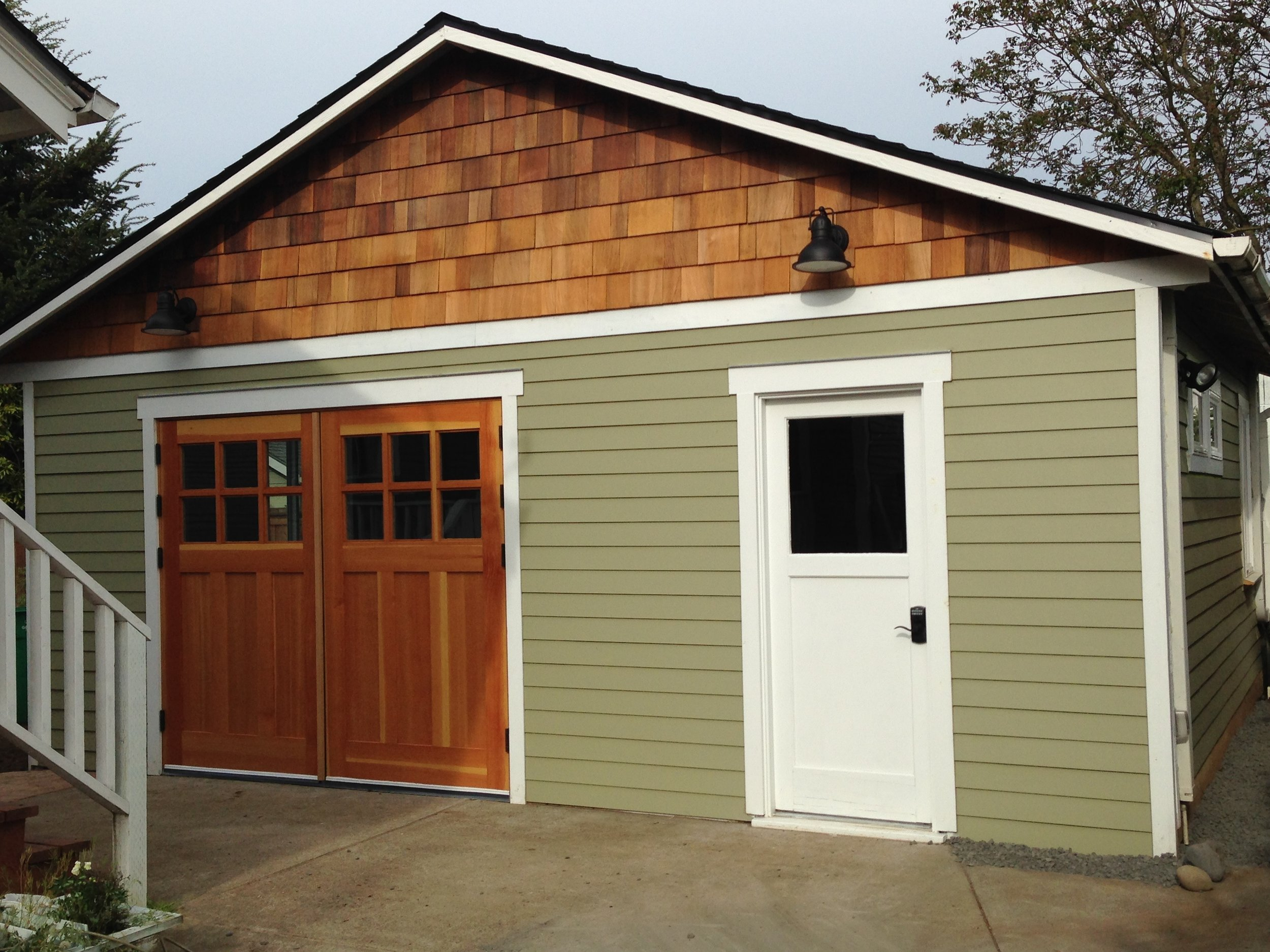 Garage Conversion Bathroom How To Save Money With A Garage Conversion Adu Building An Adu