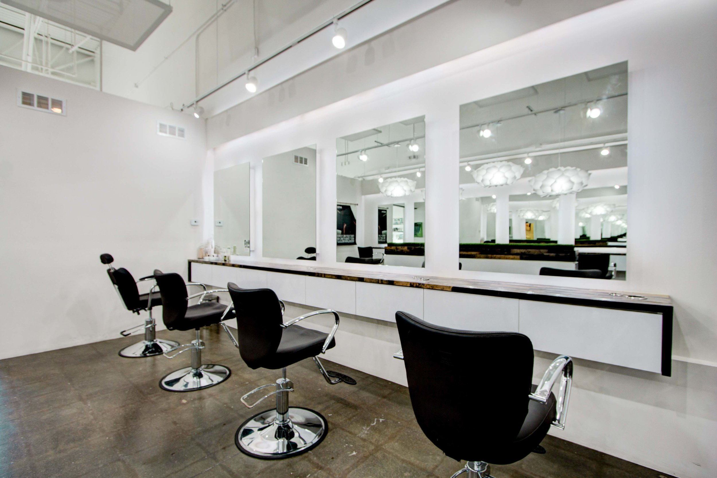 Salon Industrial Bauen Designed Salon Was Named As A 2016 Salon Of The Year By