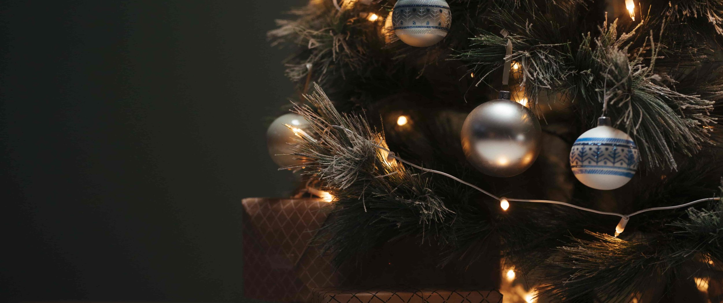 Best Place For Christmas Decorations 55 Best Indoor Outdoor Christmas Decorations 2019 All Price