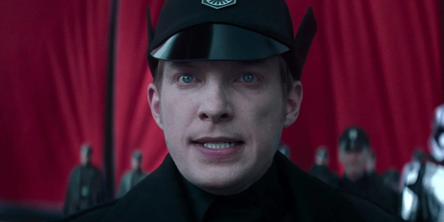 Domhnall Gleeson Was 39surprised39 Hux Survived The Last Jedi