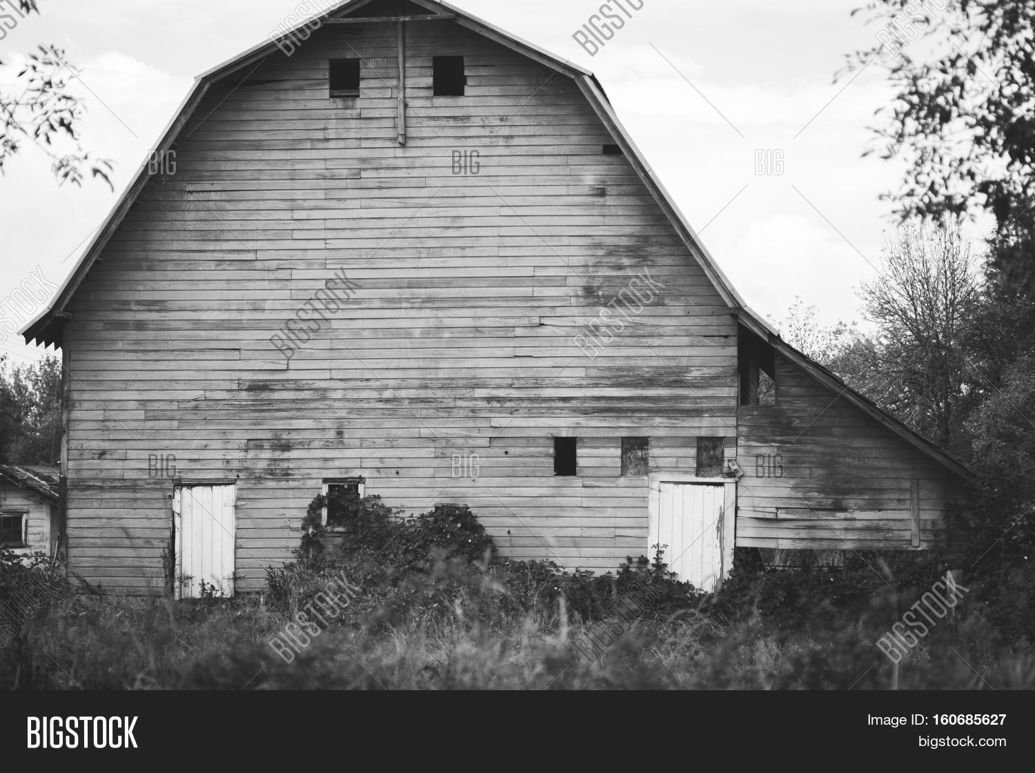 Large Old Barn Black Image Photo Free Trial Bigstock
