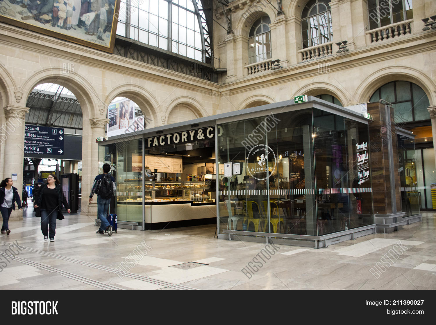 Gare De Paris French People Image Photo Free Trial Bigstock