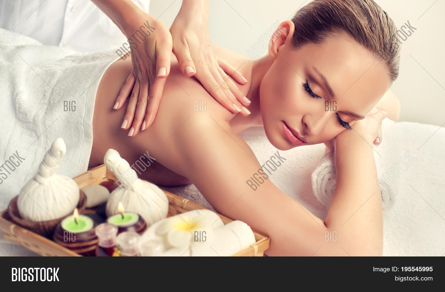Salon Massage Body Body Massage Body Care Spa Image Photo Free Trial Bigstock