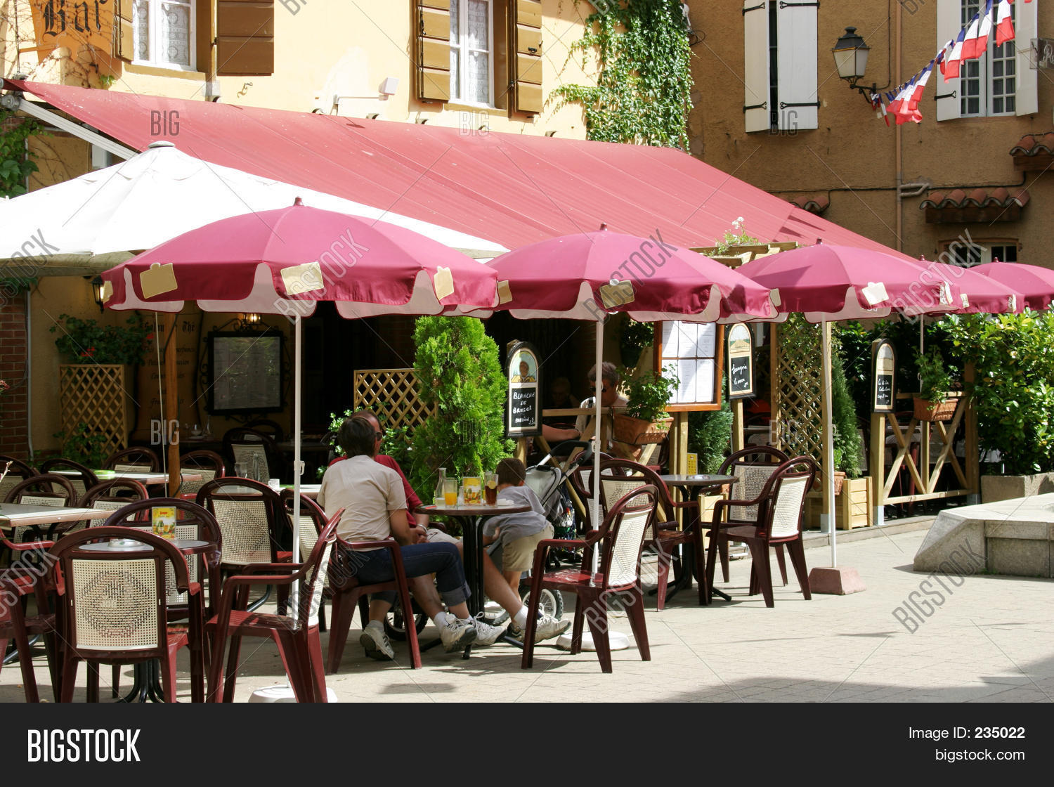 Image Café C6404 French Cafe B Image And Photo Bigstock