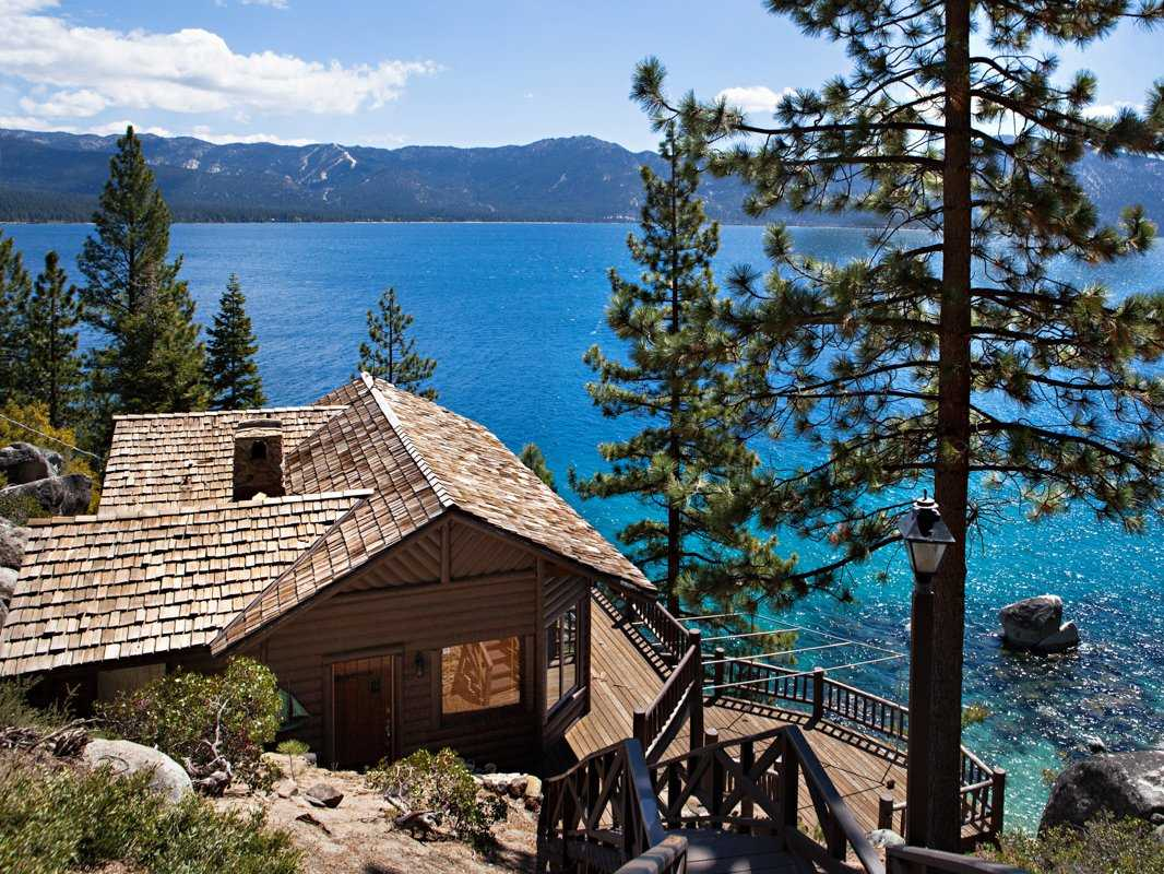 Lakeside Movie House Howard Hughes 39 Lake Tahoe Estate 19 5m Business Insider