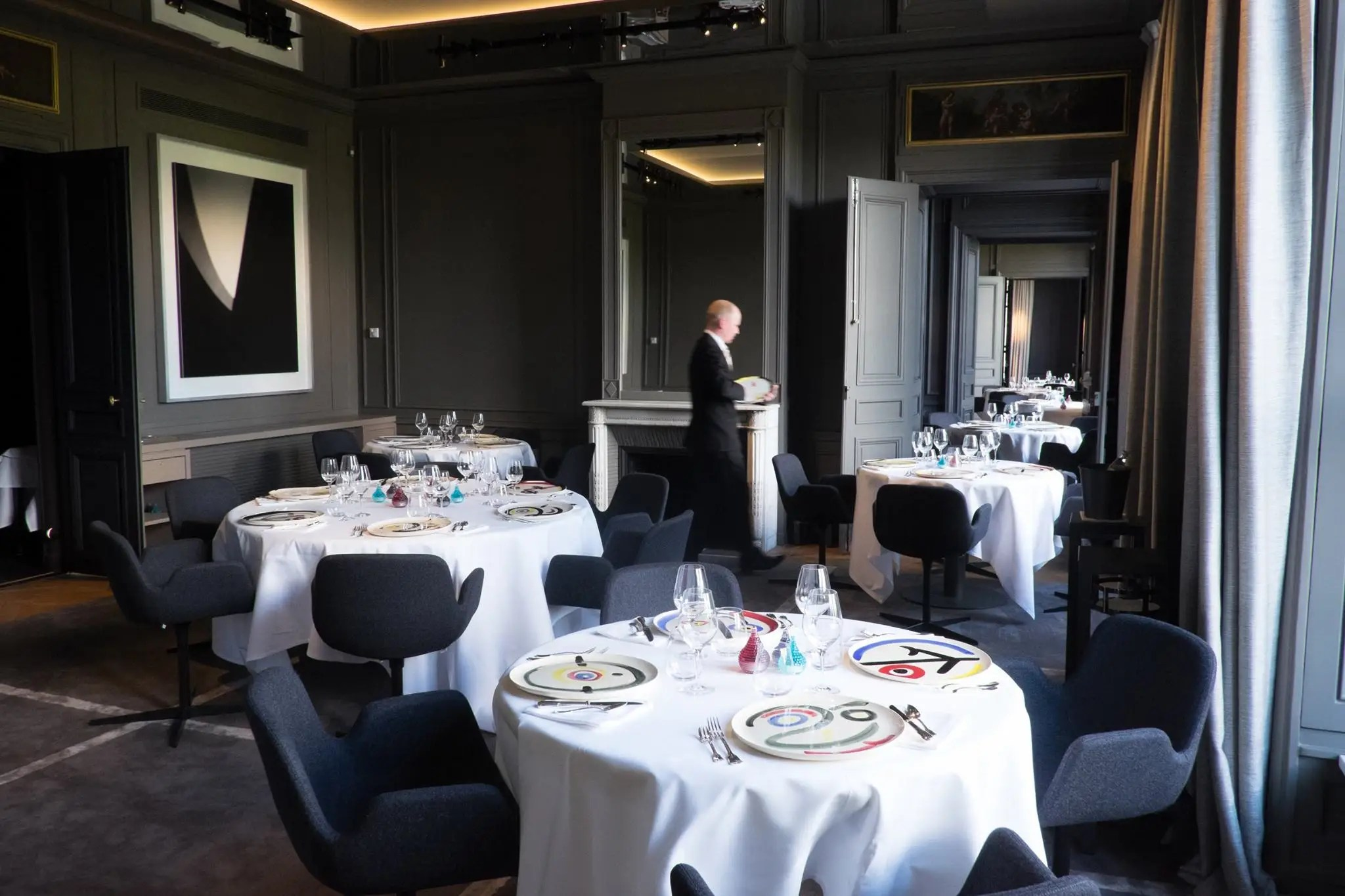 Restaurant Avec Cheminee Paris Restaurants Everyone Should Eat At In France Business