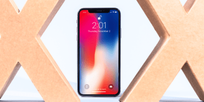 iPhone X wallpaper hides the notch - Business Insider
