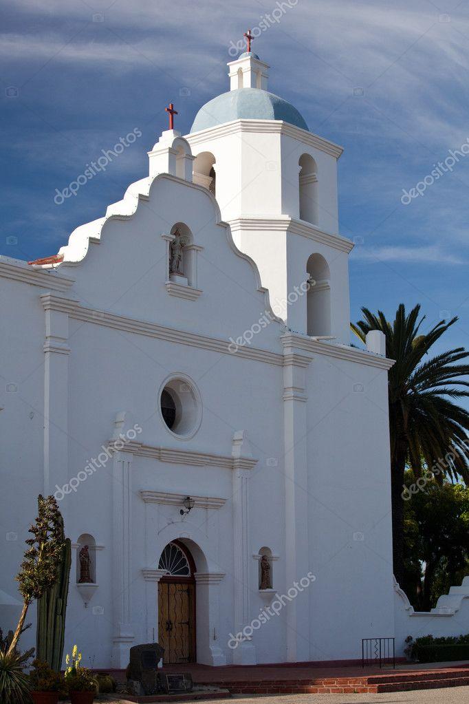 Mission San Luis Rey de Francia \u2014 Stock Photo © steveheap #3200094
