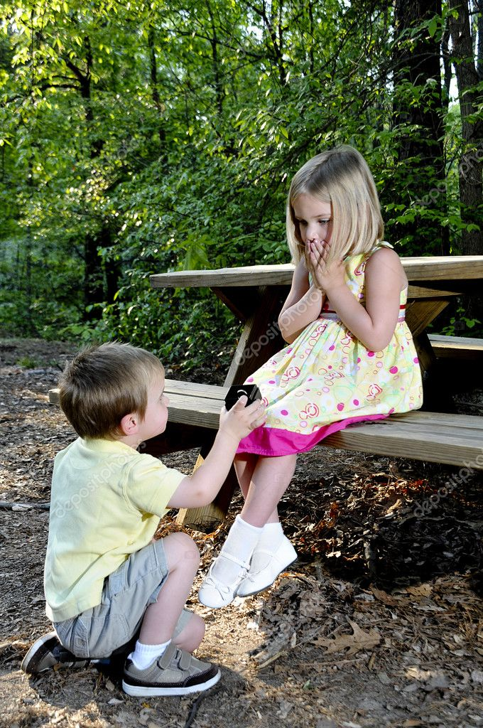 Boy Proposing Girl Hd Wallpaper Marriage Proposal Stock Photo 169 Robeo123 2914441