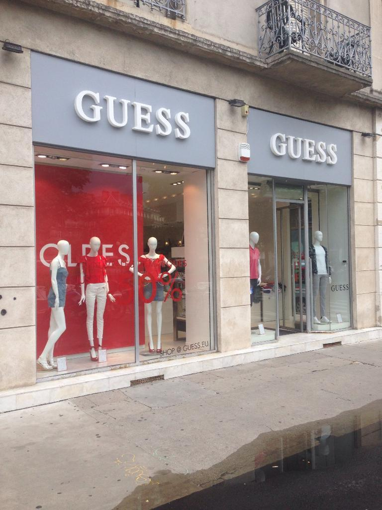 Grenoble Magasin Guess France 9 Pl Victor Hugo 38000 Grenoble Magasins De