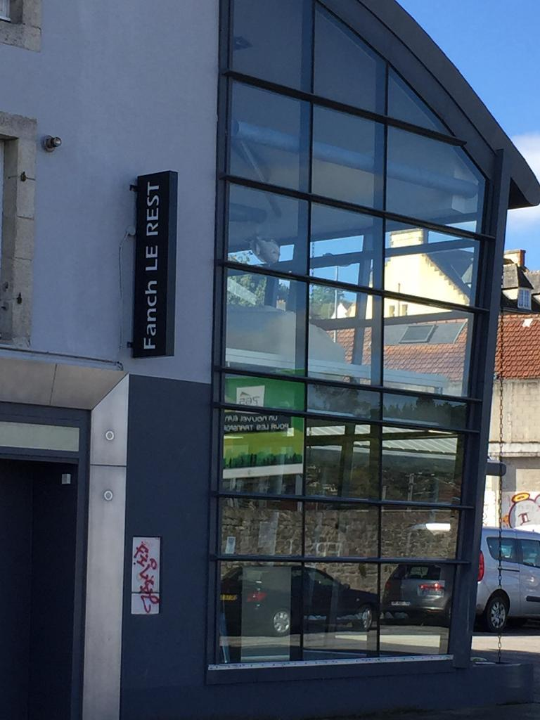 Magasin Canapé Quimper Meubles Fanch Le Rest 20 Av Libération 29000 Quimper Magasin