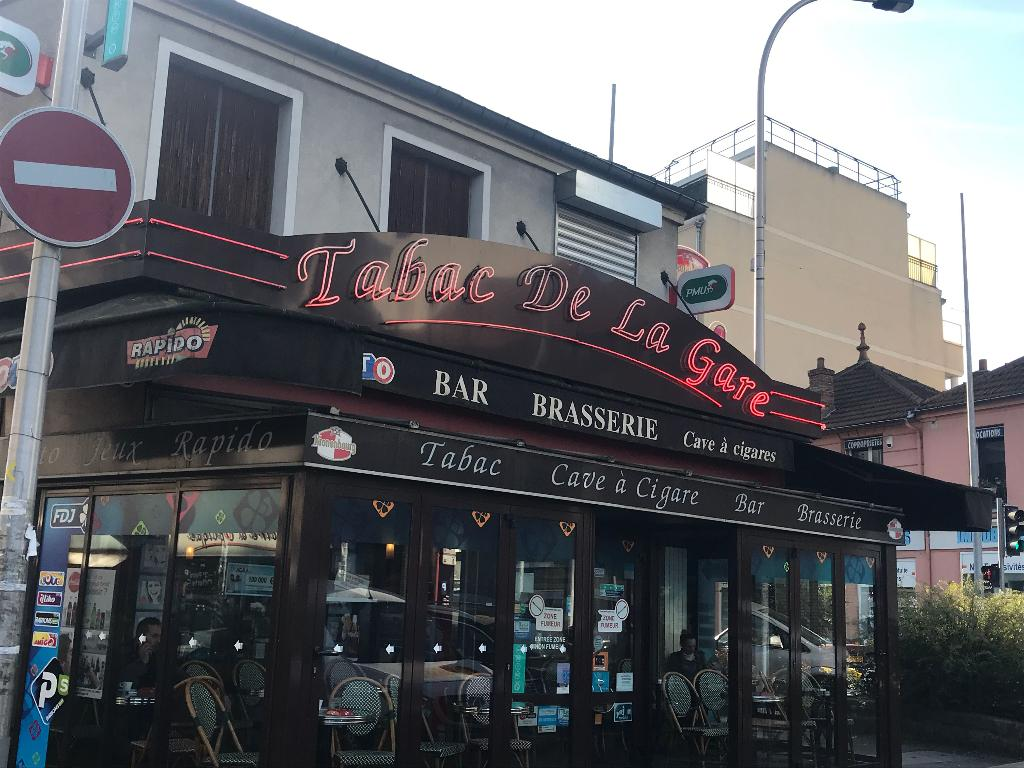 Pizza Le Raincy Tabac De La Gare Restaurant 7 Place Gare 93250