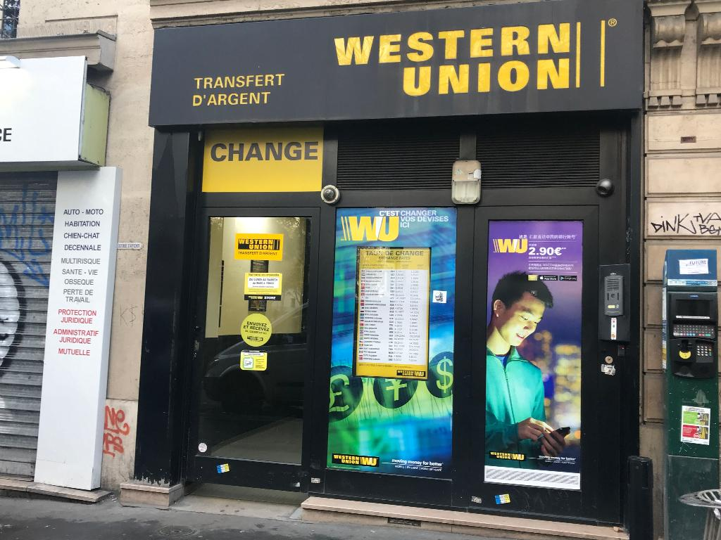 Plafond Western Union Bureau De Change Western Union Western Union Stock Photos