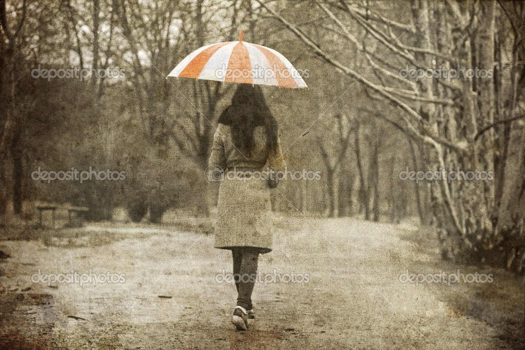 Sad Alone Girl Hd Wallpaper Download Lonely Girl Walking At Alley In The Park In Rainy Day
